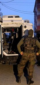 Siirt'te polis aracına roketatarlı saldırı
