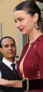 Milano'da Miranda Kerr rüzgarı