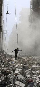 Halep'te yoğun bombardıman sürüyor! Hastaneler çalışamaz hale geldi