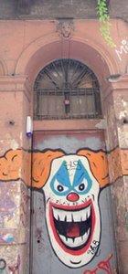 Ferzan Özpetek'in tarihi binasını işgal ettiler