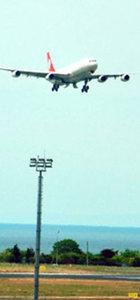 THY uçağındaki 'kabul edilemez yolcu' hakkında işlem başlatıldı