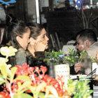Hande Soral ve Ekin Türkmen, arkadaşlarıyla yemek yedi