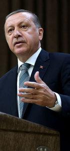 Erdoğan: Birileri Lozan'ı 'zafer' diye yutturmaya çalıştı