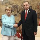 Erdoğan, Merkel ile Fırat Kalkanı'nı görüştü