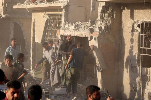 Esad rejiminden Şam ve Halep'te kanlı saldırılar