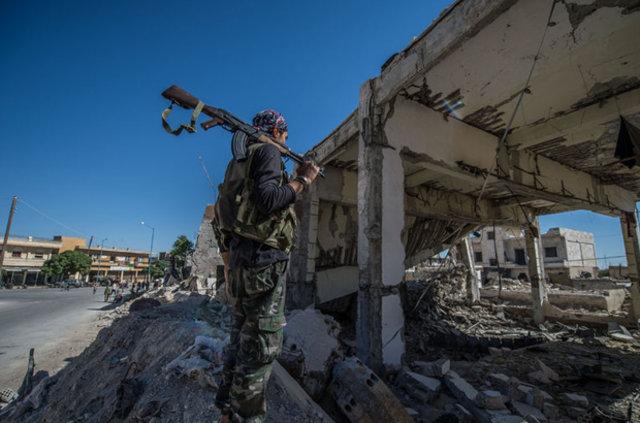 Suriye'de PYD karşıtı gösteriler sürüyor