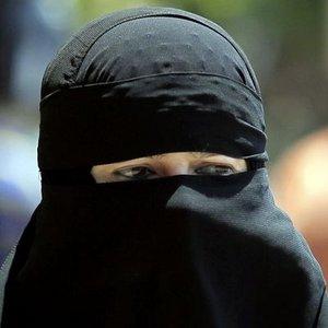 Bulgaristan'da burka yasaklandı