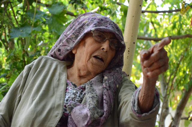 102 yaşındaki Ayşe Nine'nin sırrı, Asırlık Ayşe Nine maşallah dedirtti