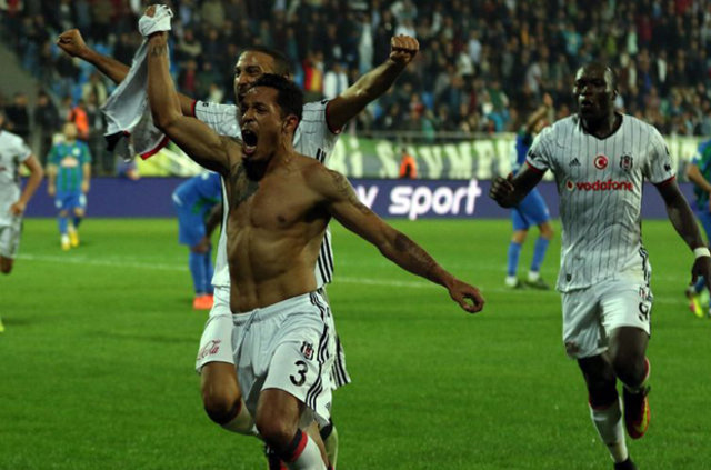 Sosyal medyada Adriano'nun golünün yankıları