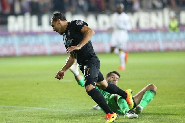 Fenerbahçe - Osmanlıspor maçındaki penaltı kararı