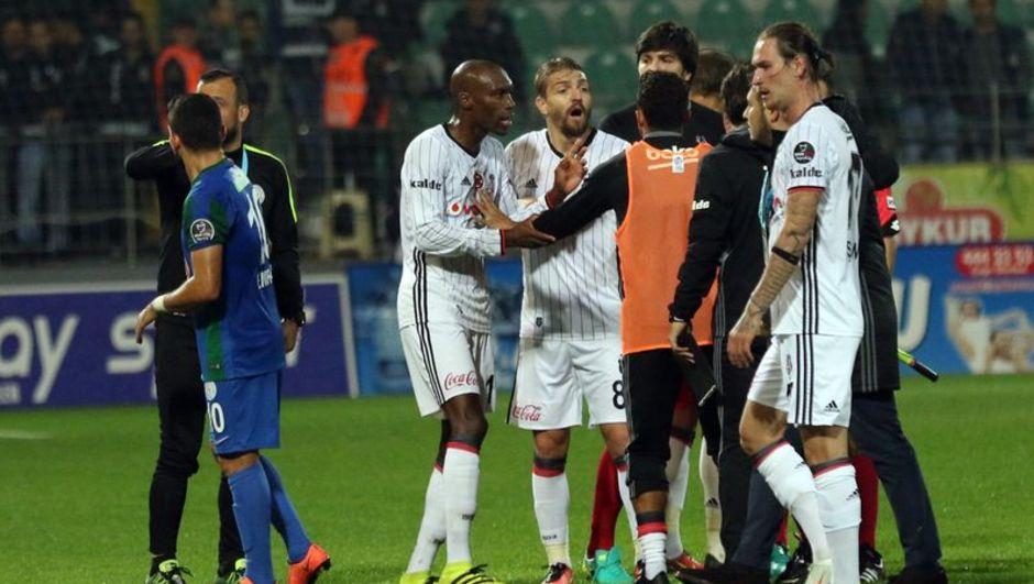 Atiba Hutchinson Caner Erkin Beşiktaş