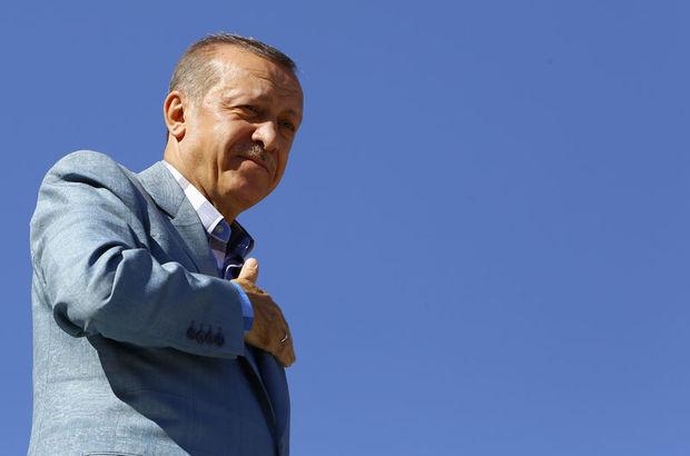 Erdoğan'a sarıldı, gözyaşları sel oldu