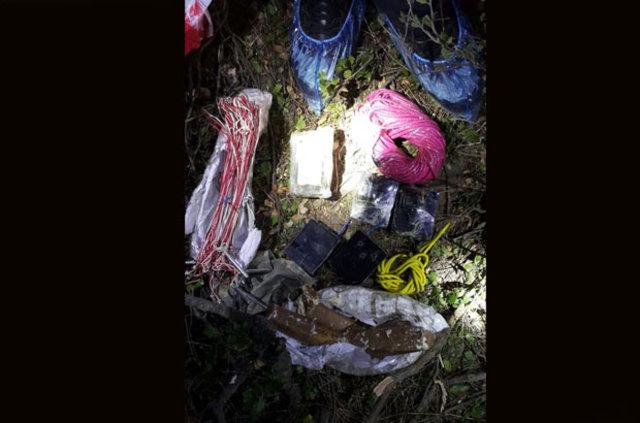 İzmir'de bombalı eylem hazırlığındaki iki terörist yakalandı