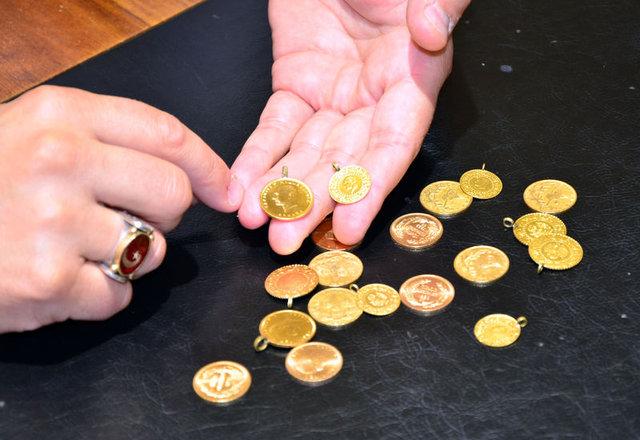 Altın fiyatları yerle bir oldu
