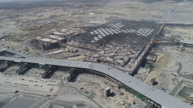 Üçüncü Havalimanı'nın tamamlanan yolcu köprüleri ilk kez görüntülendi