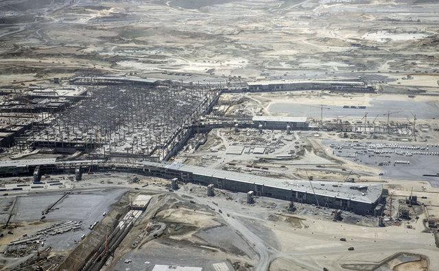 Binali Yıldırım: Şu haliyle havalimanının yüzde 55'i tamamlandı