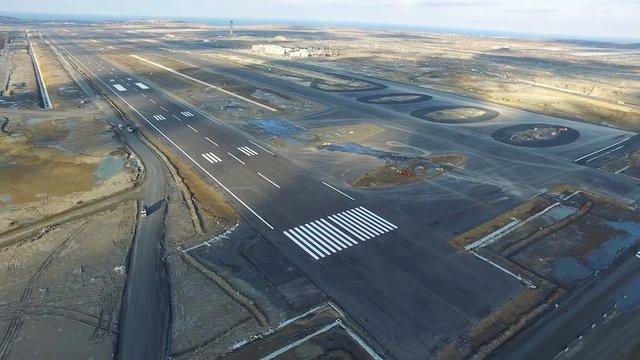 İstanbul Yeni Havalimanı'nın pist ışıkları hazır
