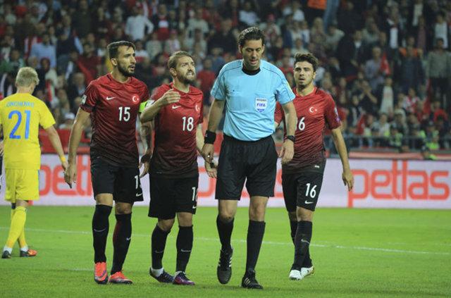 Türkiye - Ukrayna maçında penaltı tartışmaları