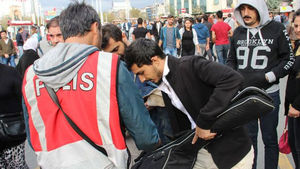 İstiklal Caddesi'nde güvenlik önlemi!
