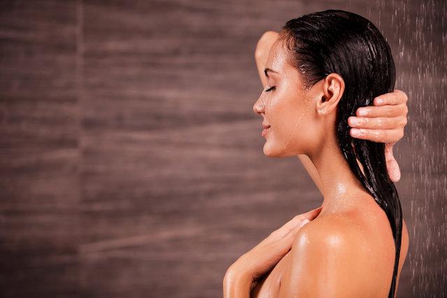 Kışın banyoda uzun kalmak cilde zarar veriyor