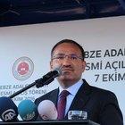 Adalet Bakanı Bozdağ: FETÖ'nün köpeklerine teslim olmadılar, biat etmediler