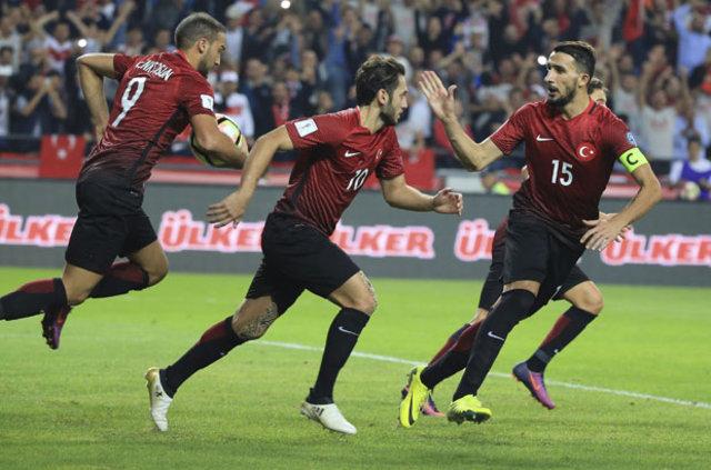 Milli takım teknik direktörü Fatih Terim'in futbolcura güveni tam!