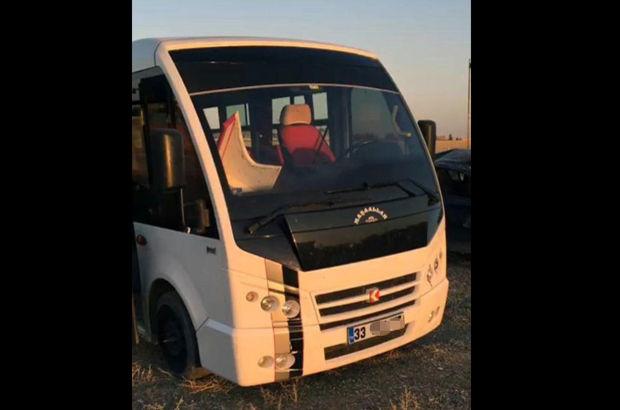 Minibüsün gizli bölmesinden PKK'lı 2 kadın terörist çıktı
