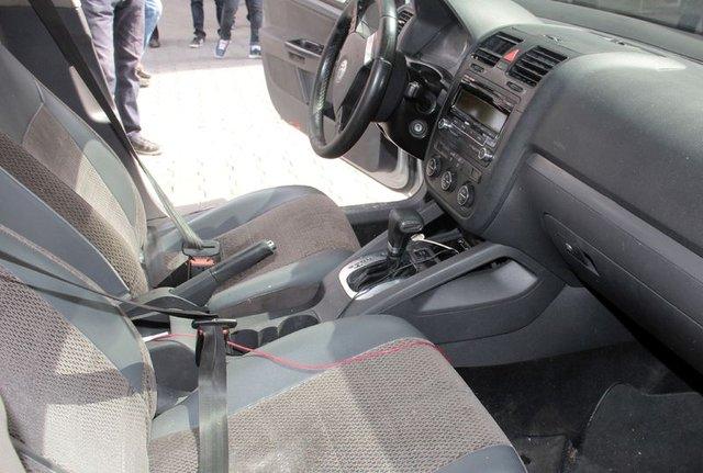 Adana'da bomba yüklü otomobil paniği