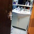 Banyoda sara nöbeti geçiren genç kapı kırılarak kurtarıldı