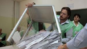 Gürcistan'daki seçimlerde hile iddiası