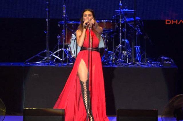 Anna Sedokova ve Gradusy Expo 2016'da konser verdi