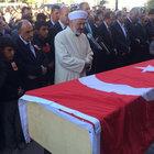 AK Partili başkan yardımcısı gözyaşları arasında toprağa verildi