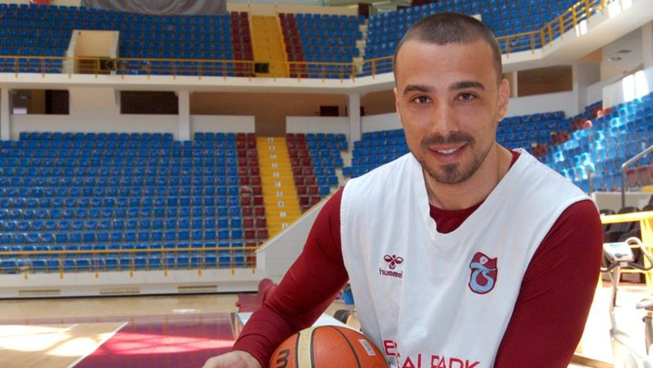 Trabzonspor Medical Park Alper Saruhan