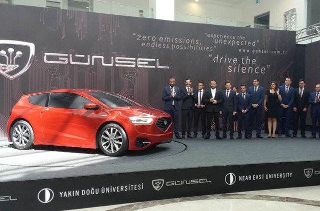 """KKTC'nin ilk yerli arabası """"GÜNSEL"""" görücüye çıktı"""
