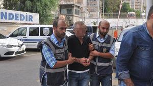 İzmir'de kuyumcuyu soyan 23 yıllık polis memuru çıktı