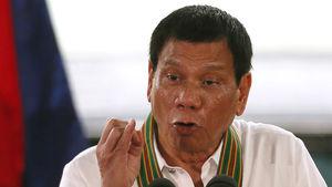 Filipinler Devlet Başkanı Duterte'den sigara yasağı