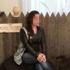 İzmir'de bir kadın bileğini kesip dördüncü kattan atladı