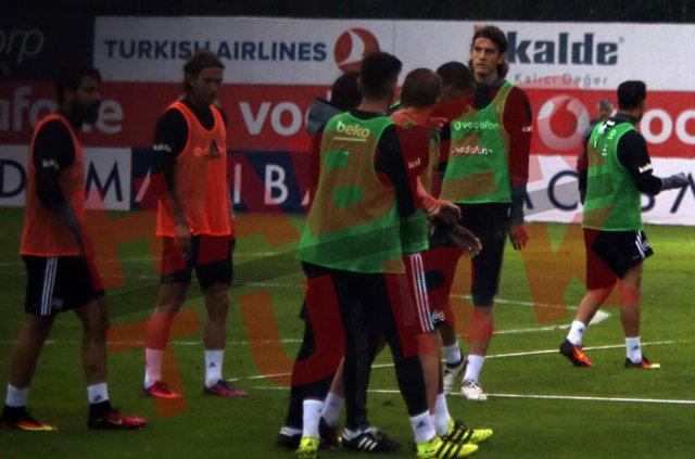 Beşiktaş'ta Cenk Tosun - Caner Erkin gerginliği sonrası flaş konuşma!