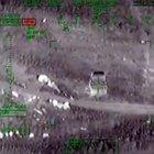Lice'de PKK'nın bomba yüklü 3 aracını helikopterler imha etti