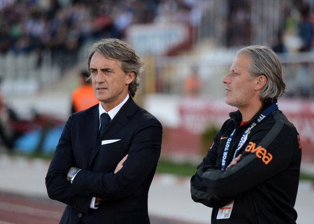 Fenerbahçe Beşiktaş ve Galatasaray'ın eski futbolcuları şimdi ne yapıyor?