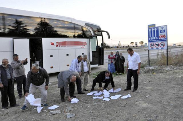 Otobüs şoförü TEDES yüzünden yolcuları indirip eylem yaptı