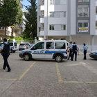Adana'da 'kara çarşaflı' terörist alarmı
