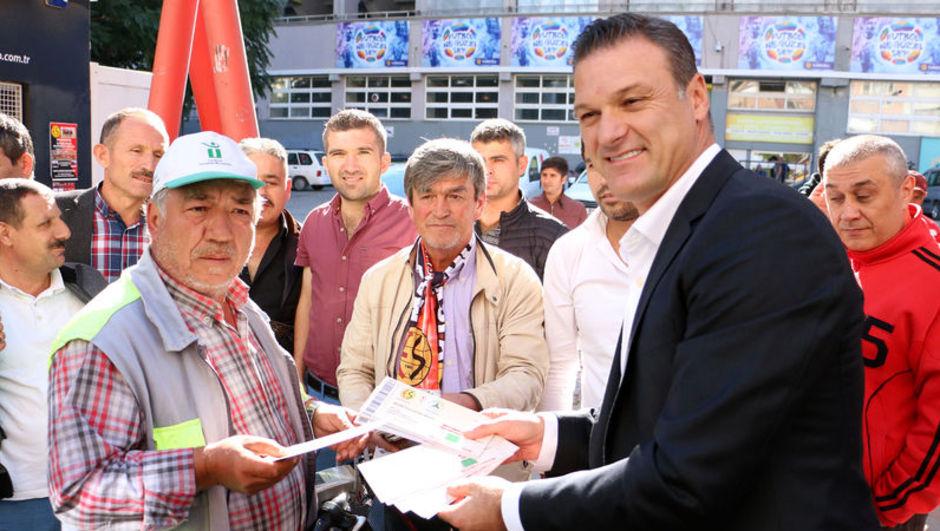 Alpay Özalan Eskişehirspor