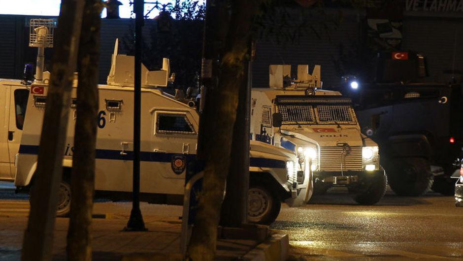 Yüksekova polise saldırı roket bomba
