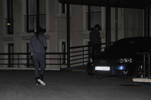 Hande Yener Ümit Cem Şenol ile yakalandı