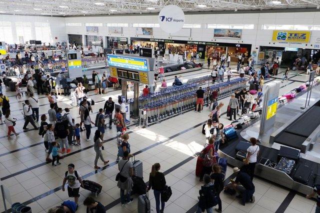 Türkler yüzde 15 pahalı uçuyor