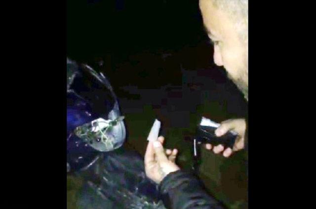 Tamiri için para ödemekten bıktığı motosikletini ateşe verdi