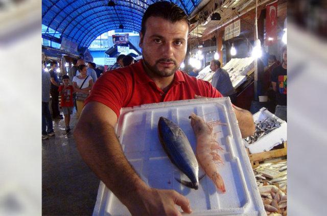 Türkiye'de denizden çıkan en büyük karides görenleri şaşırttı!