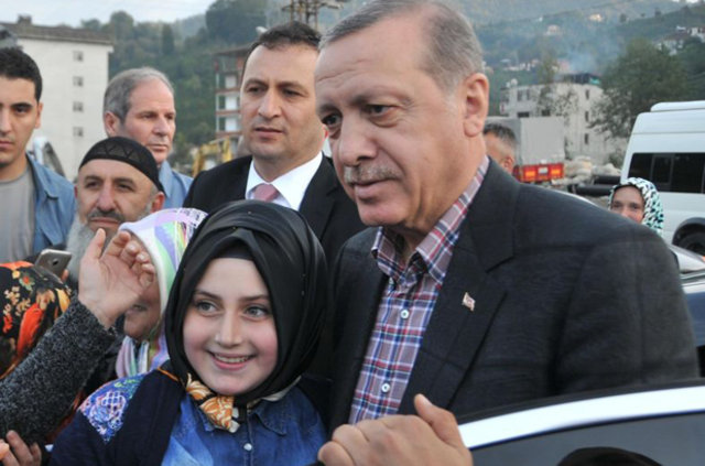 Rize'de Cumhurbaşkanı Recep Tayyyip Erdoğan izdihamı