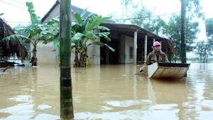 Vietnam'da aşırı yağışlar can aldı
